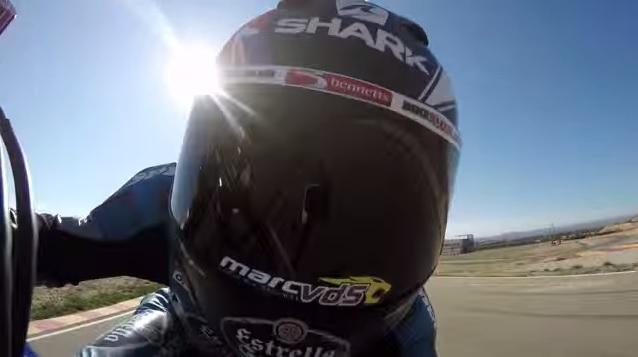 Vídeo: Scott Redding derrapando como si no hubiese mañana