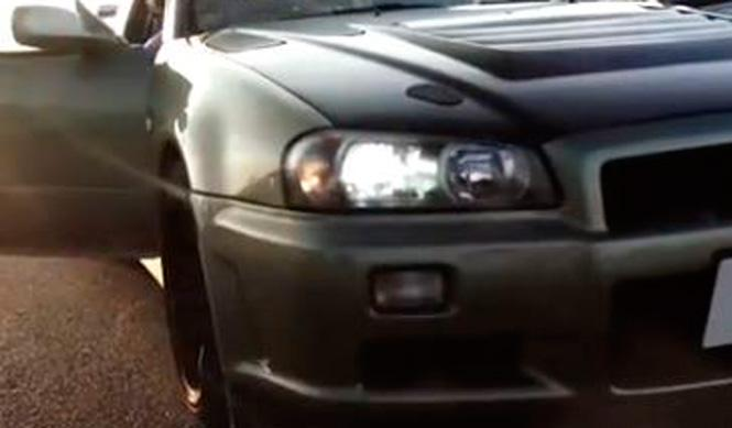 Cazado un extraño Nissan Skyline R34