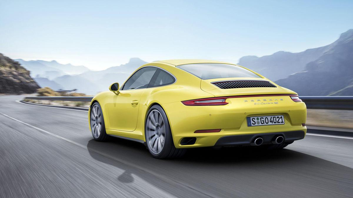 Porsche 911 Carrera 4 2016 trasera