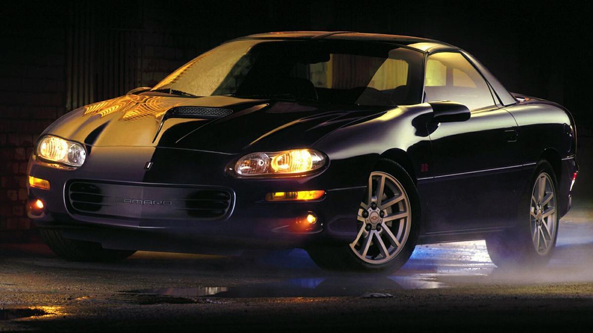chevrolet-camaro-más-rápidos-Z28-ss-2002