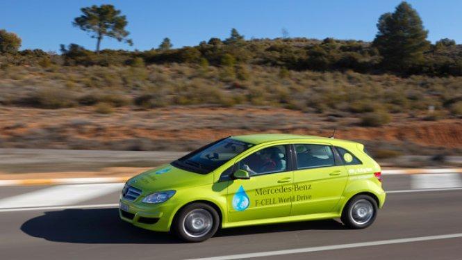 Mercedes tendrá listo un coche de hidrógeno en 2017