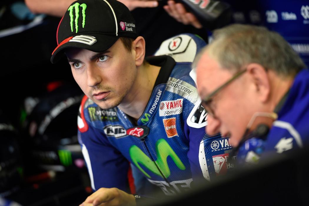 """Jorge Lorenzo: """"estamos a medio segundo de la antigua moto"""""""