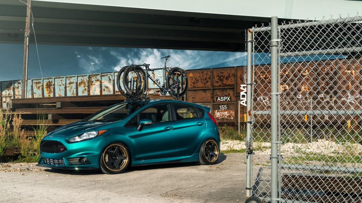 Ford Fiesta ST Cinemotive Media