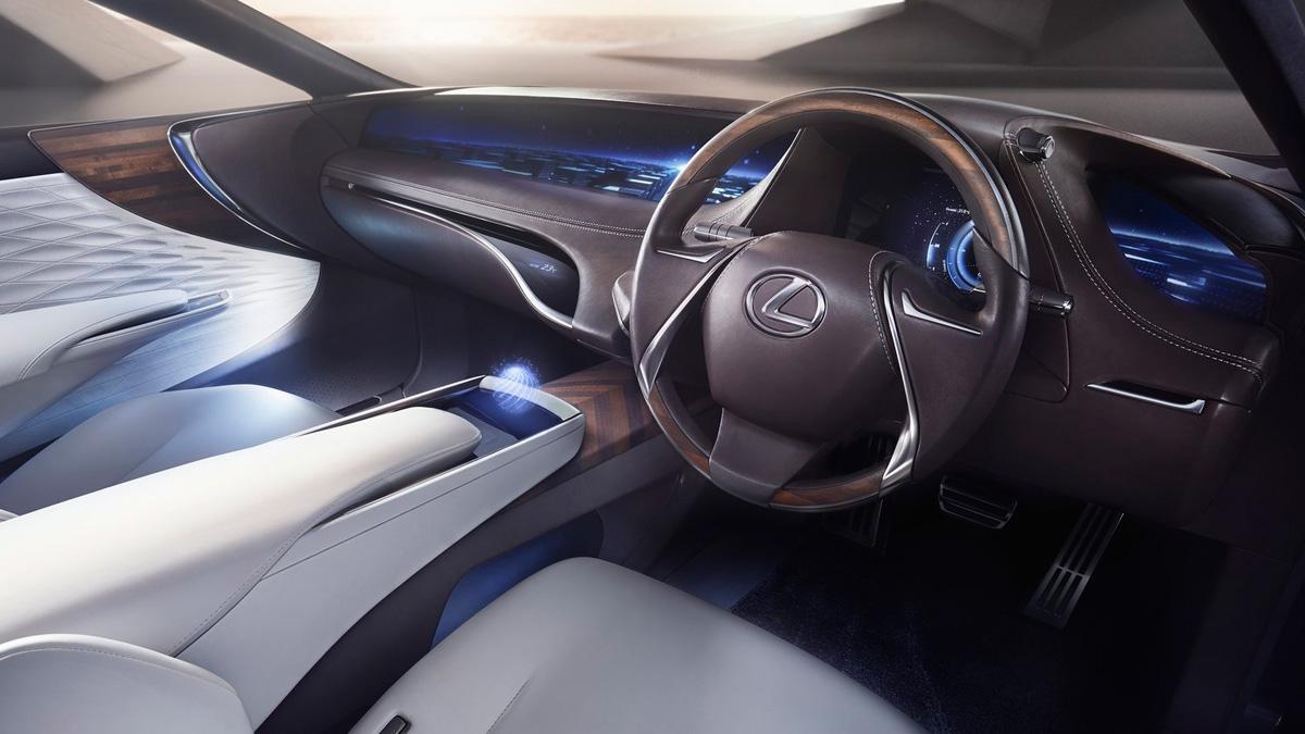 El Lexus de siete plazas tendrá que esperar