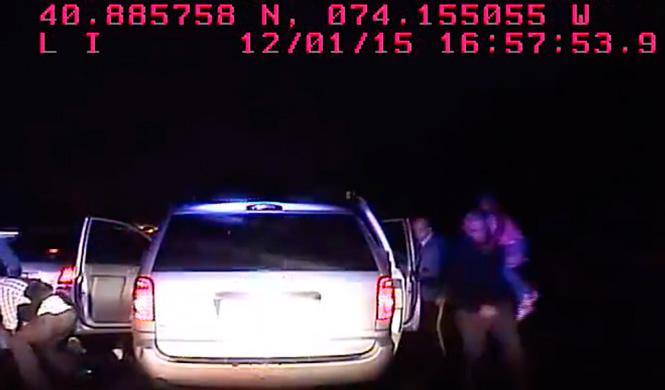Vídeo: espectacular secuestro en un coche