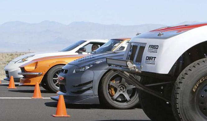 'Drag race' familiar: guerra entre Nissan