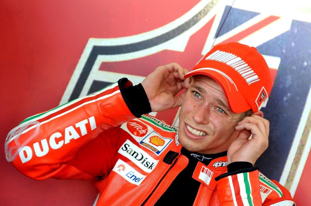Casey Stoner, reunido en Bolonia con los jefazos de Ducati