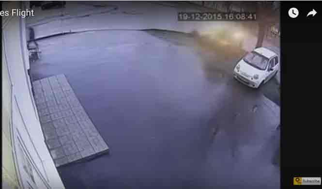 Vídeo: un Opel Astra volador