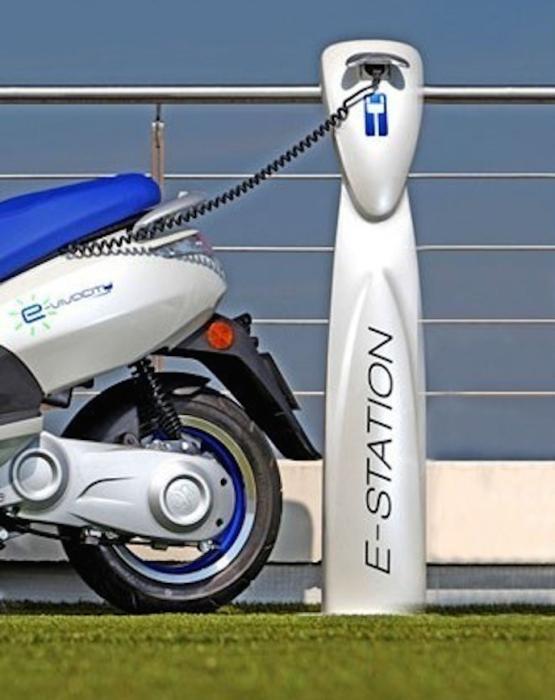 Cataluña fabricará un scooter eléctrico a partir de 2017