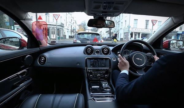 Nueve tecnologías que no están en los coches, pero deberían