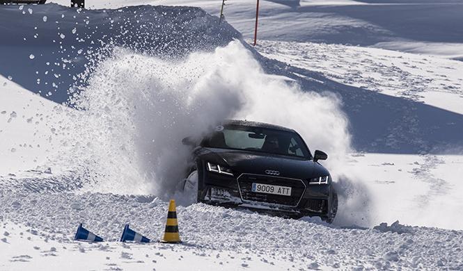 curso conducción en la nieve Audi 2016