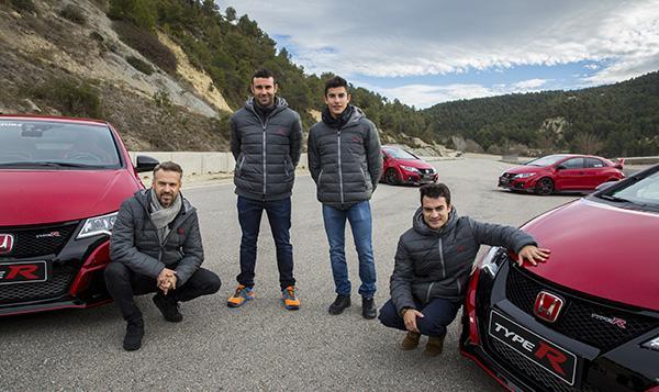 Márquez y Pedrosa se divierten con el Honda Civic Type R