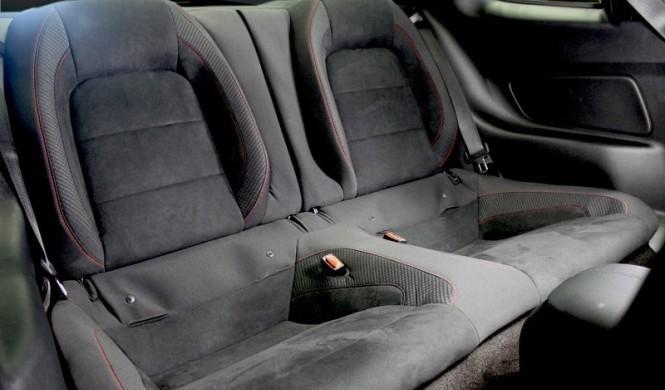 El Shelby Mustang GT350R, con asientos traseros opcionales