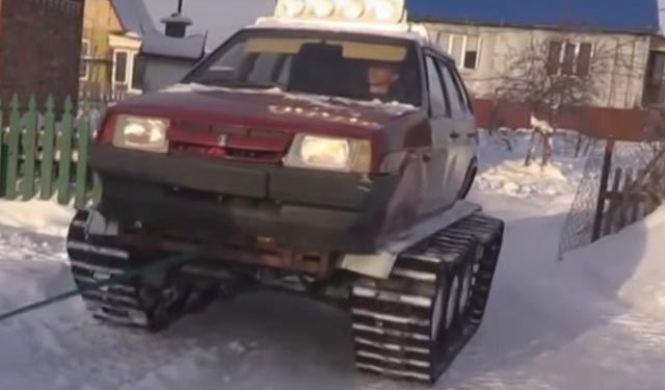 Un Lada convertido en tanque: solo en Rusia