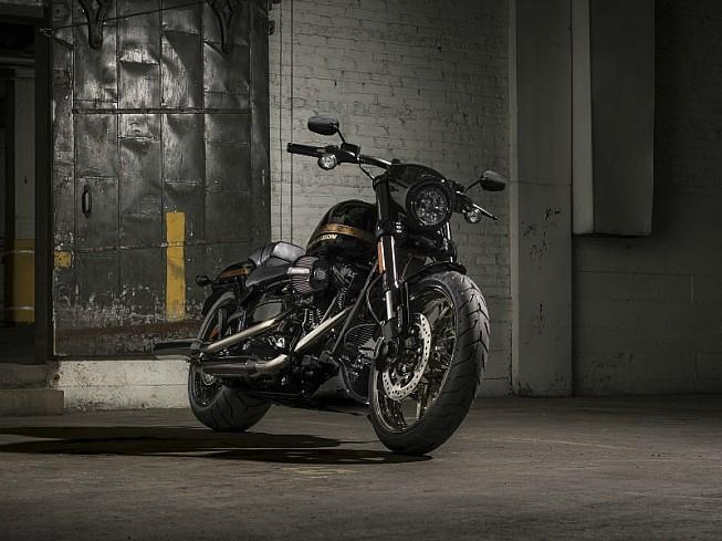 Harley-Davidson CVO Pro Breakout 2016: mordiente elegante