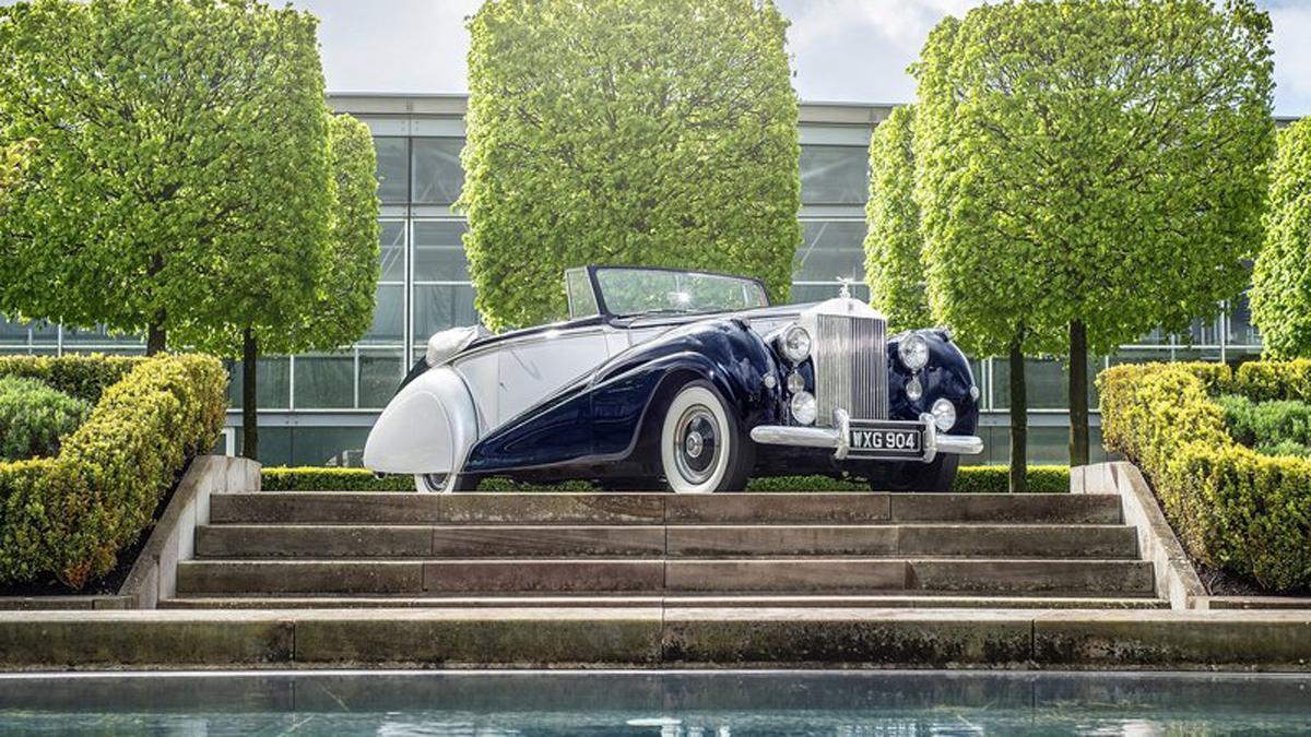Rolls-Royce Silver Dawn Drophead parrilla