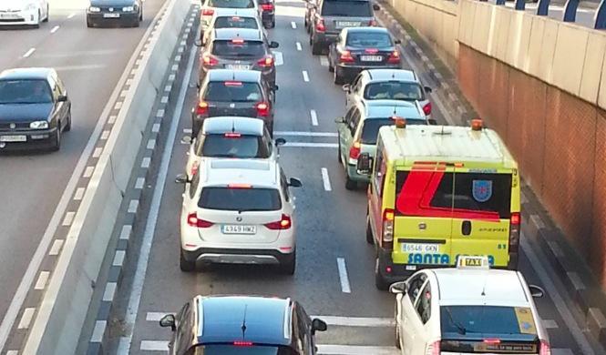 La causa más común de baja laboral, dentro del coche