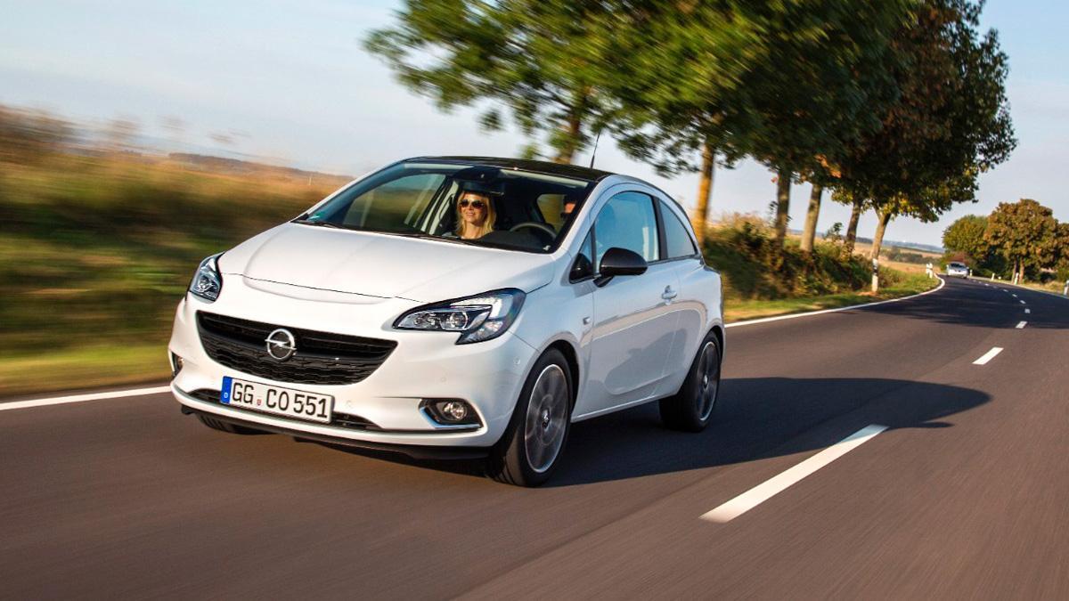 Opel Corsa GLP tres cuatros delanteros