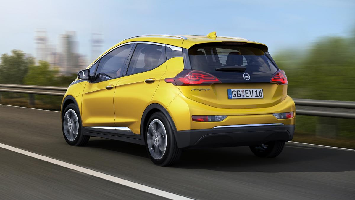 Opel-Ampera-e-trasera
