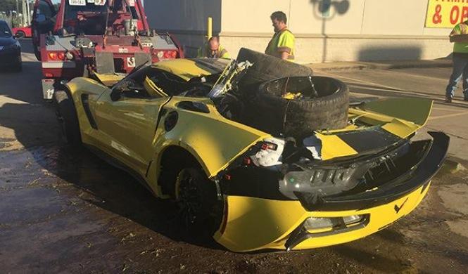 Vídeo: empleado estrella un Corvette Z06 C7.R Edition