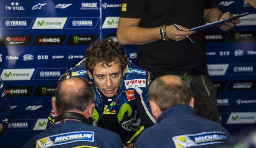 """Valentino Rossi: """"Me quedo con la moto más parecida a 2015"""""""