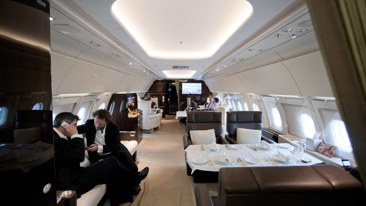 interior jet simula tren