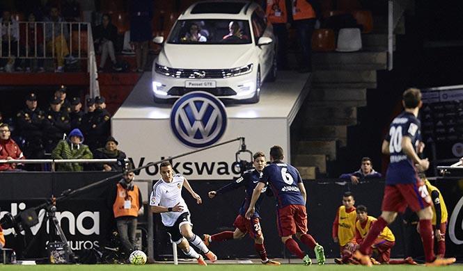 Volkswagen Passat palco en Mestalla