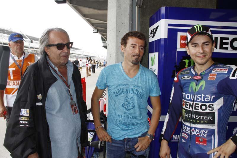 Jorge Lorenzo podría elegir a Max Biaggi como asesor
