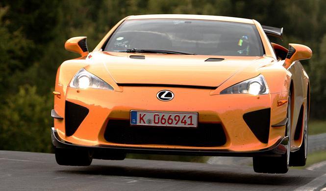 ¿Pagarías 6,4 millones de euros por este Lexus?