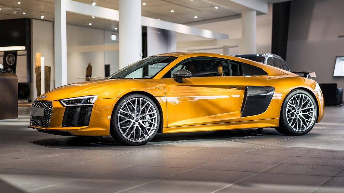Audi R8 V10 plus personalizado por Audi Exclusive
