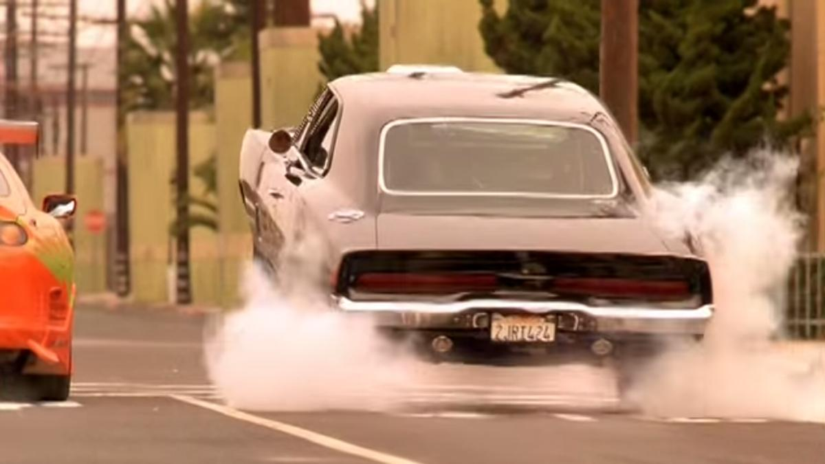 mejores-coches-a-todo-gas-dodge-charger-rt