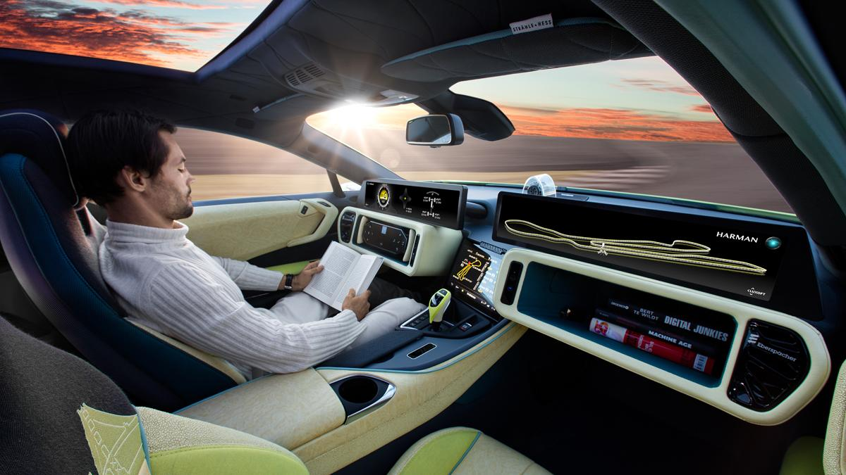 Silicon Valley acelera en su carrera por el coche autónomo
