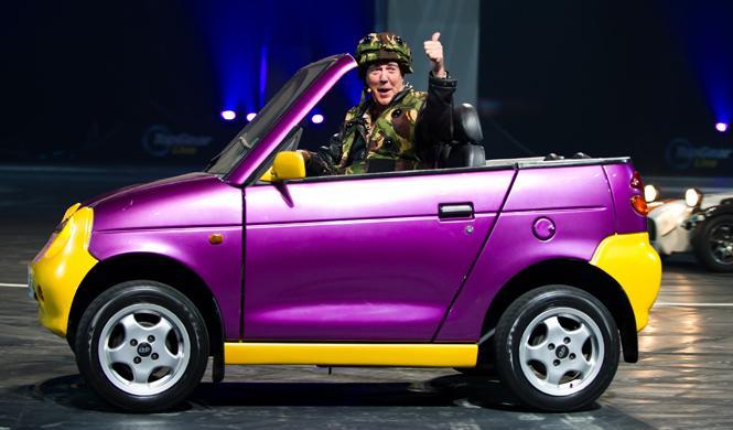 """Clarkson: """"los compradores de coches manuales están locos"""""""