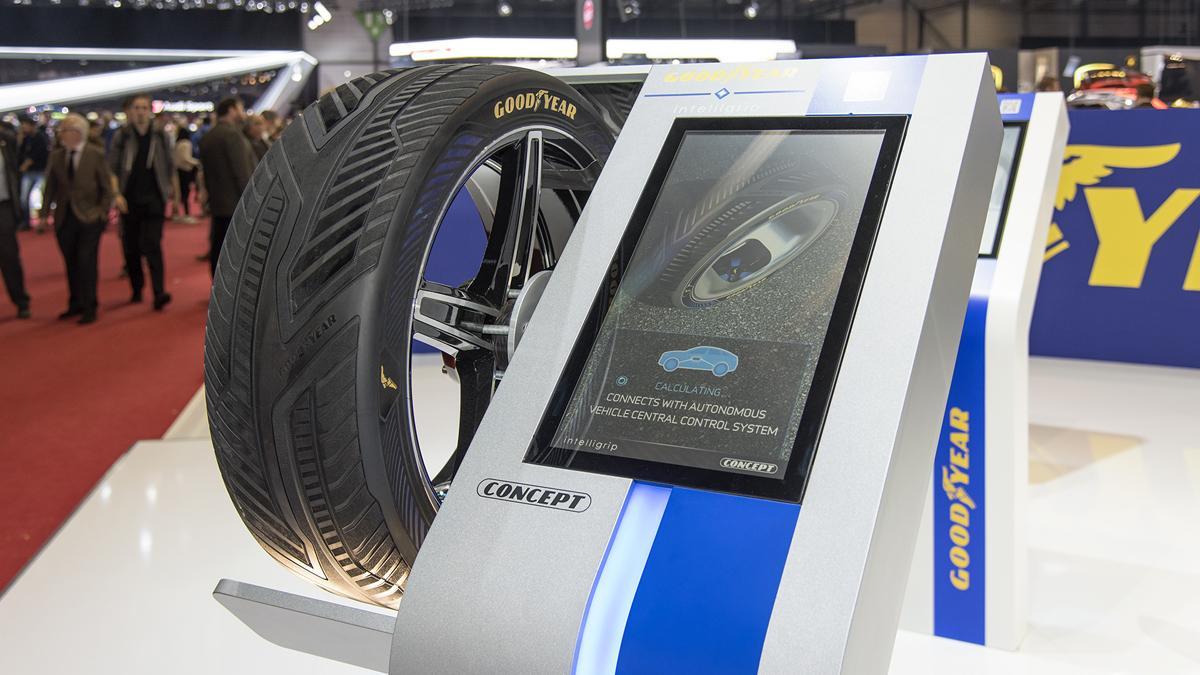 prototipo neumaticos coche autonomo