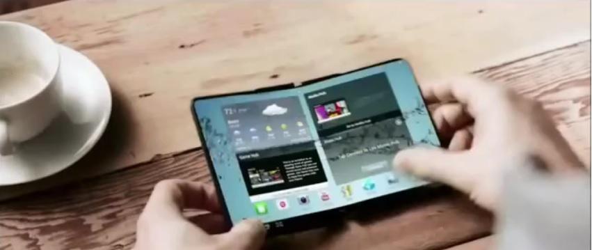 El primer móvil con pantalla que se dobla será Samsung