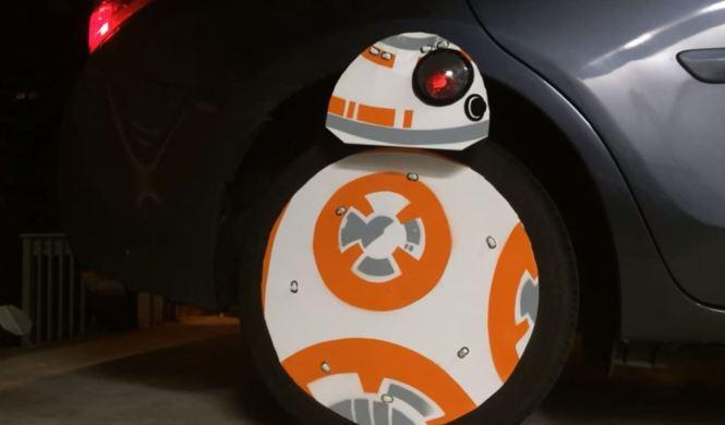Vídeo: BB-8 (Star Wars) invade la carretera