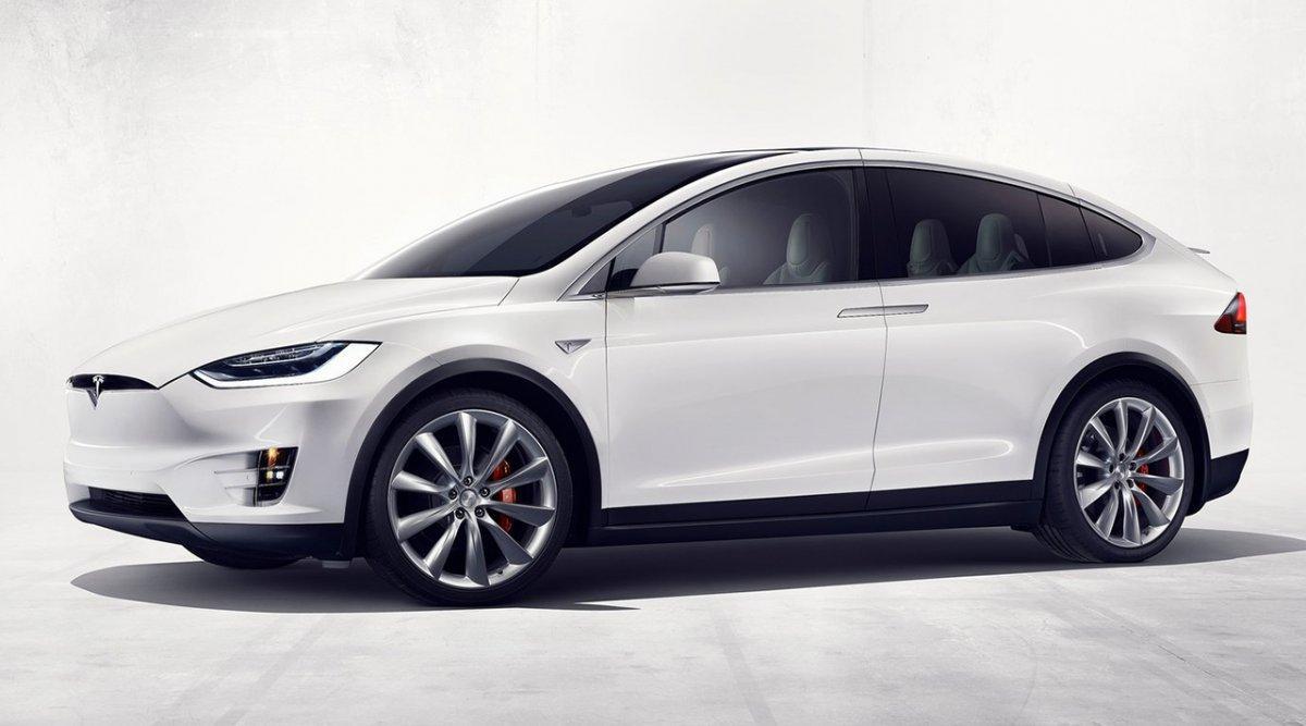 El nuevo Tesla Model X gana 30 kms de autonomía
