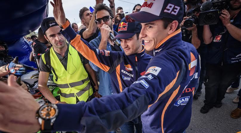 Marc Márquez y Dani Pedrosa, con los moteros en Jerez
