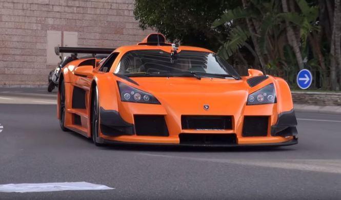 Vídeo: una joven conduce un Gumpert Apollo S en Mónaco