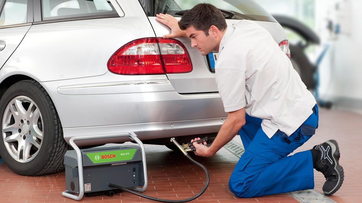 Daimler ya investiga sobre emisiones de gases