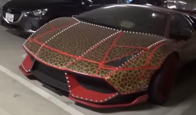Vídeo: el garaje de Lamborghini más loco del mundo