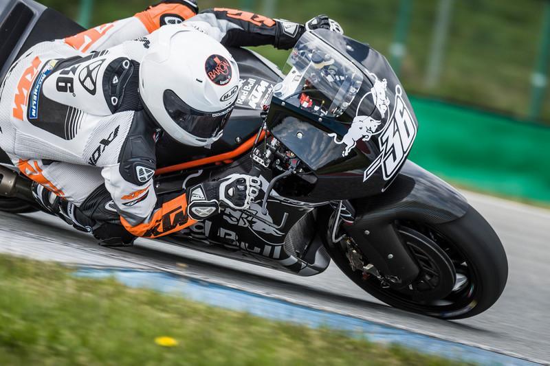 Vídeo: Así suena la KTM RC16 de MotoGP