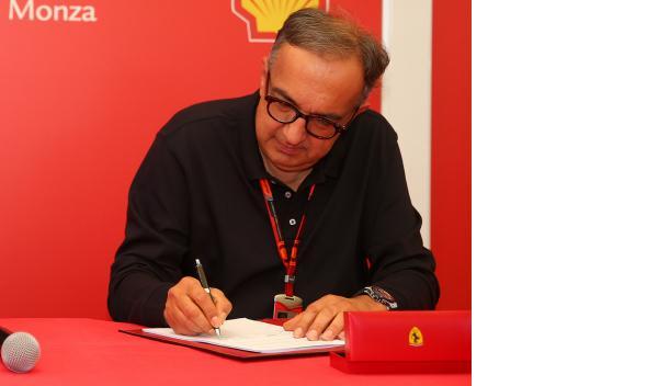 26 años después, Ferrari cambia de presidente