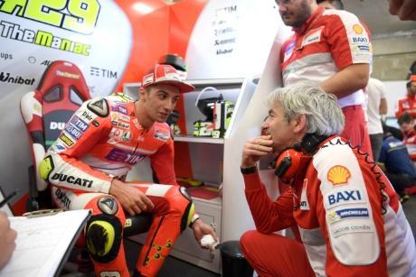 Ducati tiene un gran problema con Iannone y Dovizioso