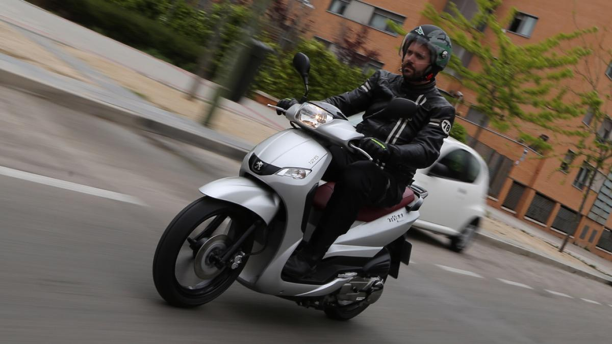 Prueba-Peugeot-Tweet-125-EVO