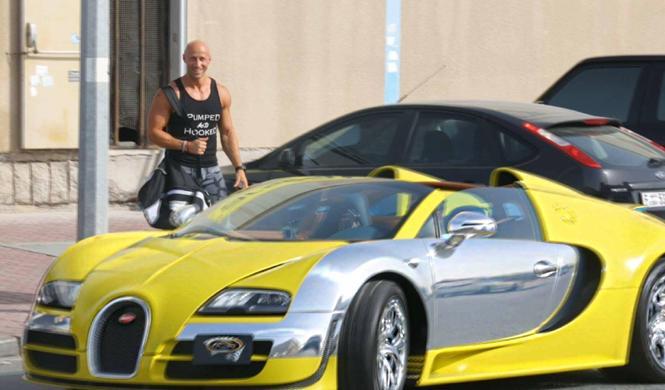 Vídeo: piden un coche a Uber y les recoge un Bugatti Veyron