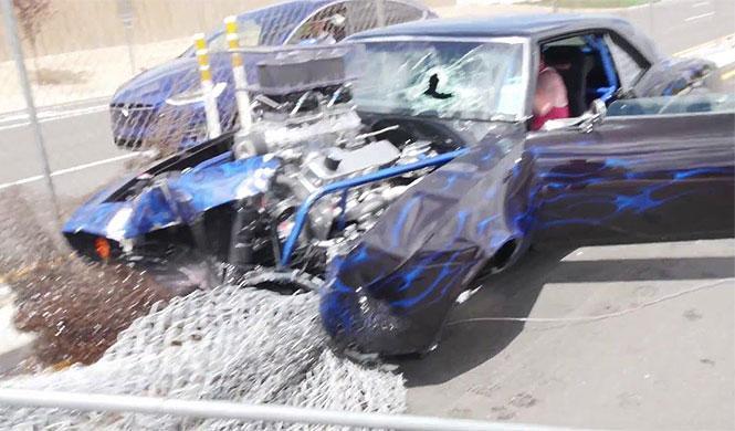 Cómo perder la dignidad al volante de un Camaro