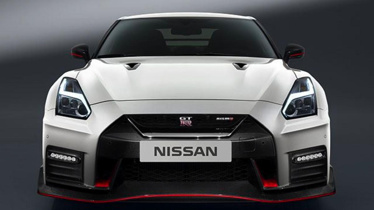 prueba del nissan gt r 2017 el m s eficaz. Black Bedroom Furniture Sets. Home Design Ideas