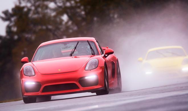 7 Porsche Cayman GT4 acaban destrozados