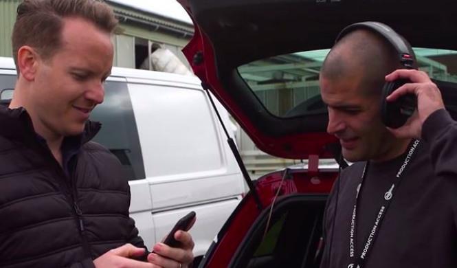 ¿Puede Chris Harris reconocer coches por su sonido?